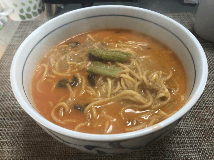 ファミリーマート「贅沢に胡麻香る担々麺」完成
