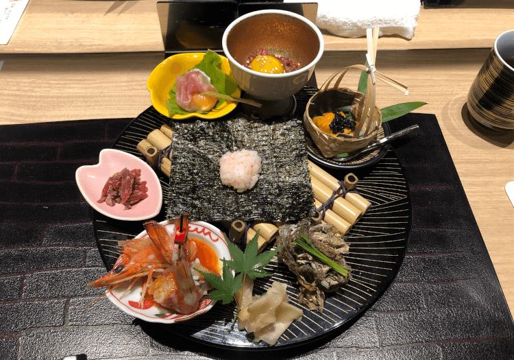 神戸牛と黒毛和牛の握り寿司 食べ比べ@肉割烹 吟次郎 品川