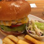 店主は名店ブラザーズ出身 末広町「CRANE」バーガーが美味かった!