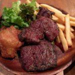 肉屋のステーキプレートは迫力満点!神田「東京ブッチャーズ」