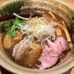 味が落ちたような気もするがそれでも美味しい新宿の「焼きあご塩らー麺 たかはし」
