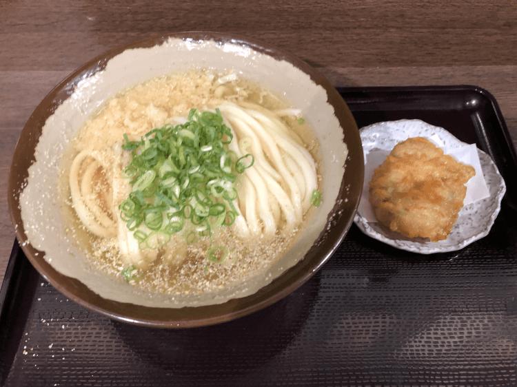 かけ(並盛)+とり天 (冷)@香川一福 恵比寿店