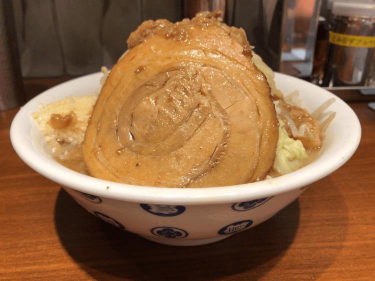 東京駅「雷」の豚
