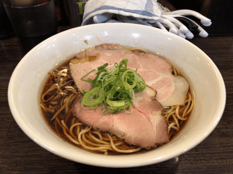醤油ラーメン@かしわぎ 東中野