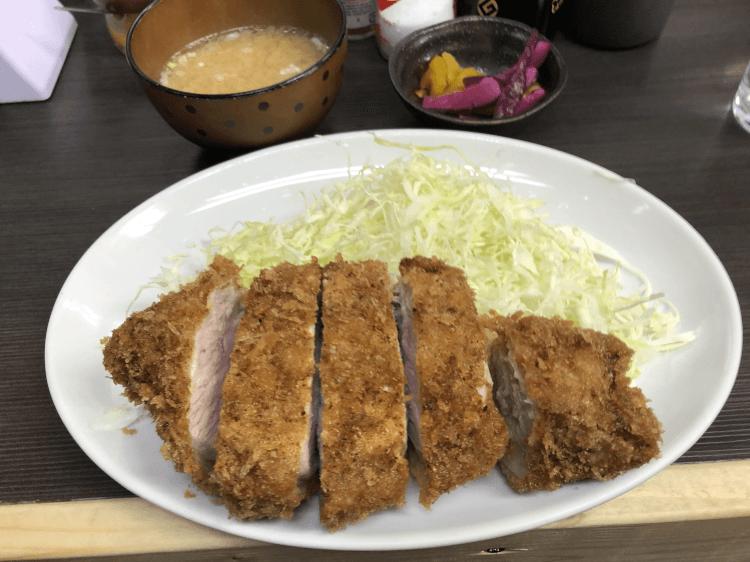 ロースかつ定食@まんぷく アメ横