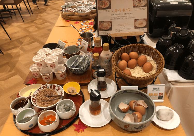 神戸三宮 ホテルモントレの朝食バイキング 卵・納豆など