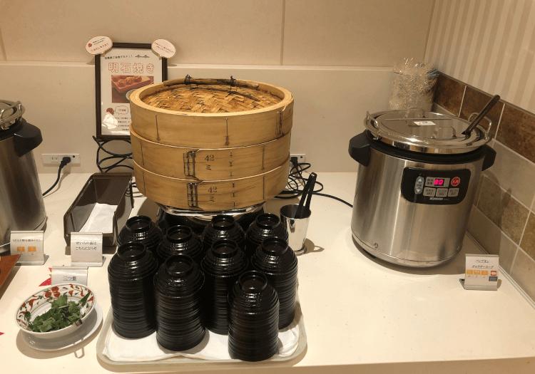 神戸三宮 ホテルモントレの朝食バイキング 明石焼き