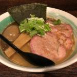 あの「らぁ麺葉月」インスパイア系?川崎「自家製麺 利八」で特らぁめん