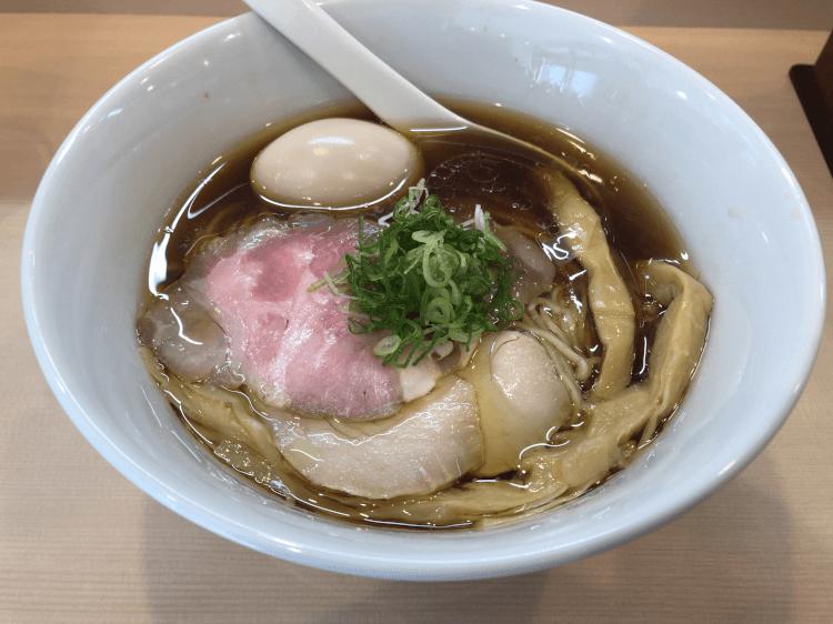 特製醤油らぁ麺@らぁ麺六花 田町