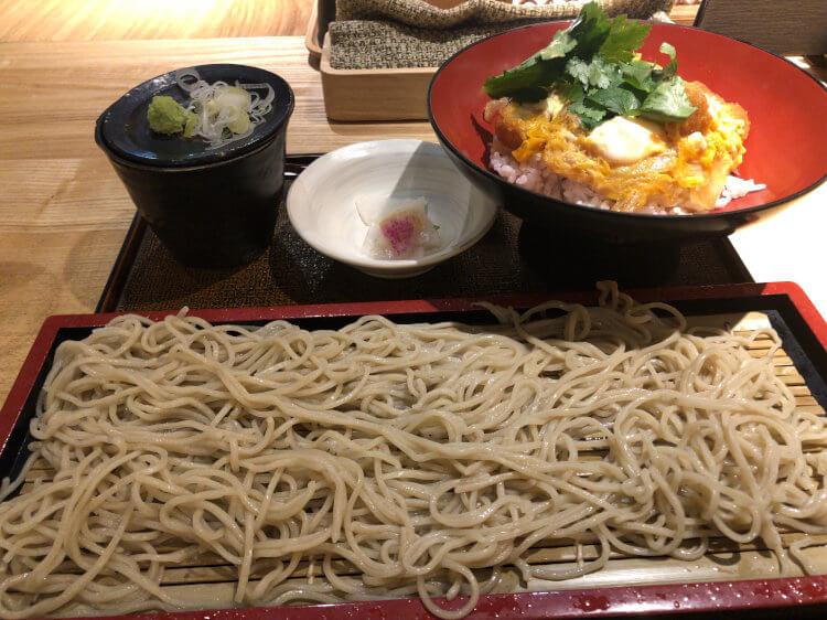 カツ丼とそばのセット@そば道 西のはなれ 大井町