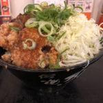【デカ盛り】豪快 ロックステーキ!唐揚げ合盛り丼「すた丼屋」の限定メニュー