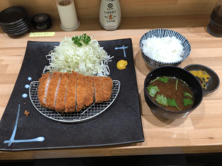 上 ロースかつ定食@ふる味 糀谷
