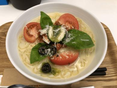 トマトバジル冷麺@冷麺ダイニングつるしこ 渋谷