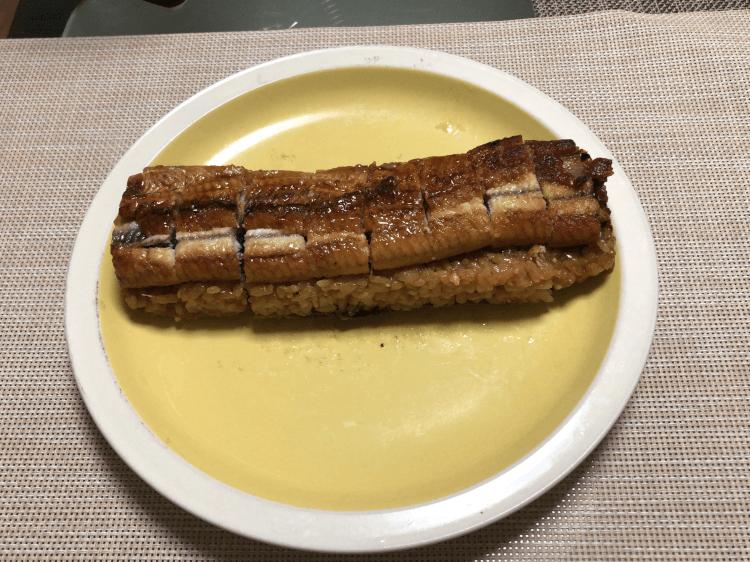 松屋と照寿司がコラボした鰻バーガー