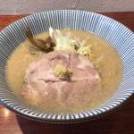 【自家製味噌】スープが感動の旨さ!人気漫画にも登場した「八堂八」中目黒