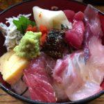 新橋「初島」美味しい海鮮丼+焼魚が800円!で食べられる人気店!